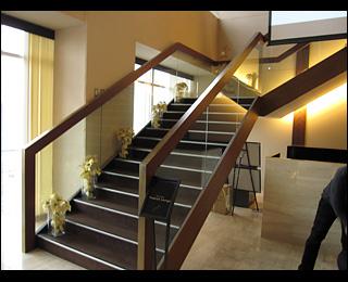 滝沢クン家の階段