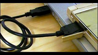 充電機能付 USB 接続ケーブル