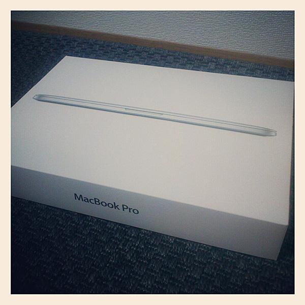 MacBook Pro Retina ディスプレイ 13 インチ